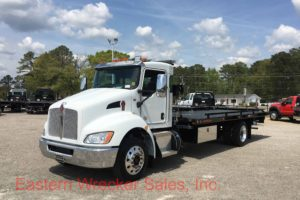2018 Kenworth T270 with a Jerr Dan 22' Steel Car Carrier - Tow Truck for Sale. Side Recovery System, Towing, Recovery, Transport.