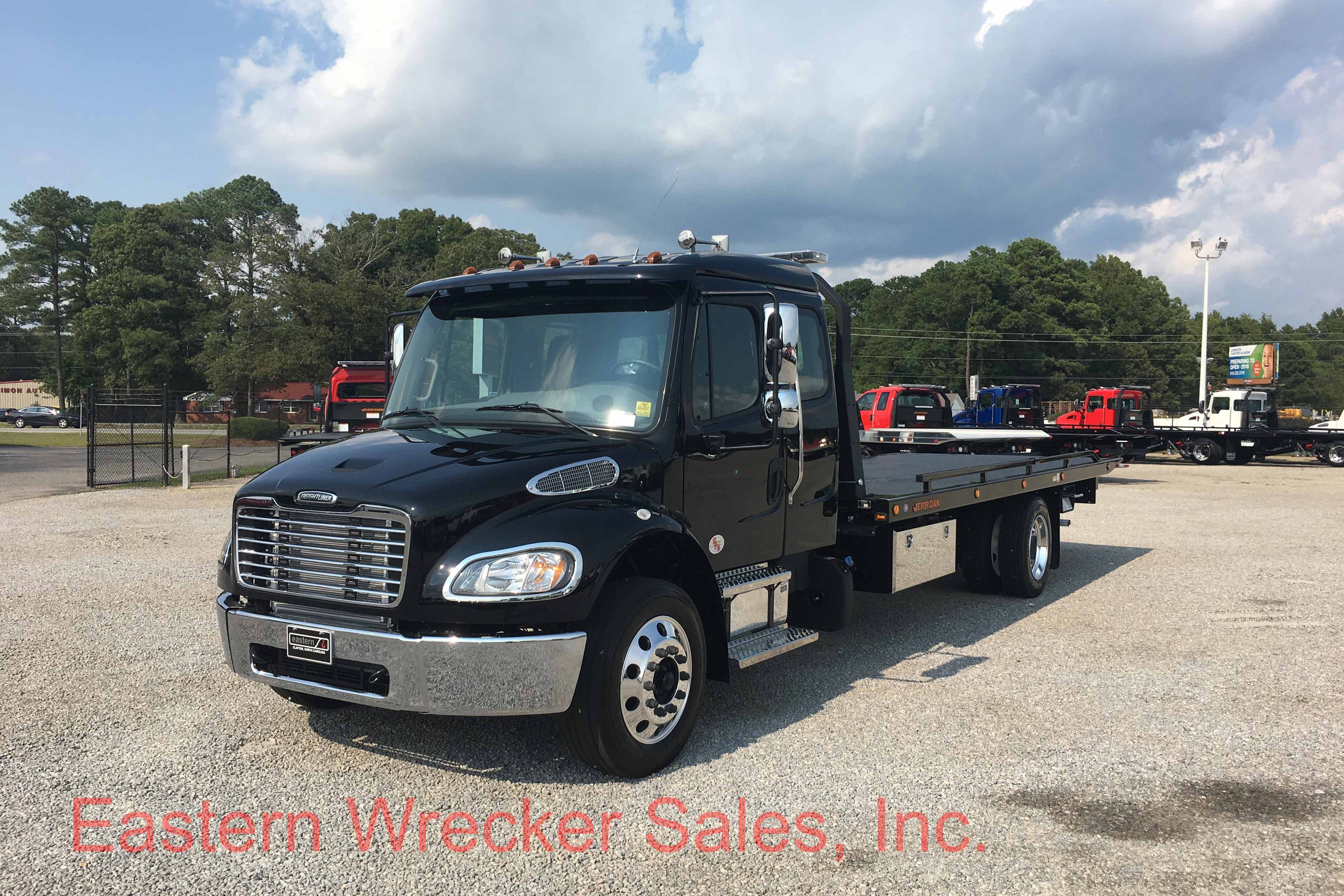 F Front Ds Freightliner Jerr Dan Tow Truck Rollback Car Carrier on Used Extended Cab Rollback Wreckers Sale