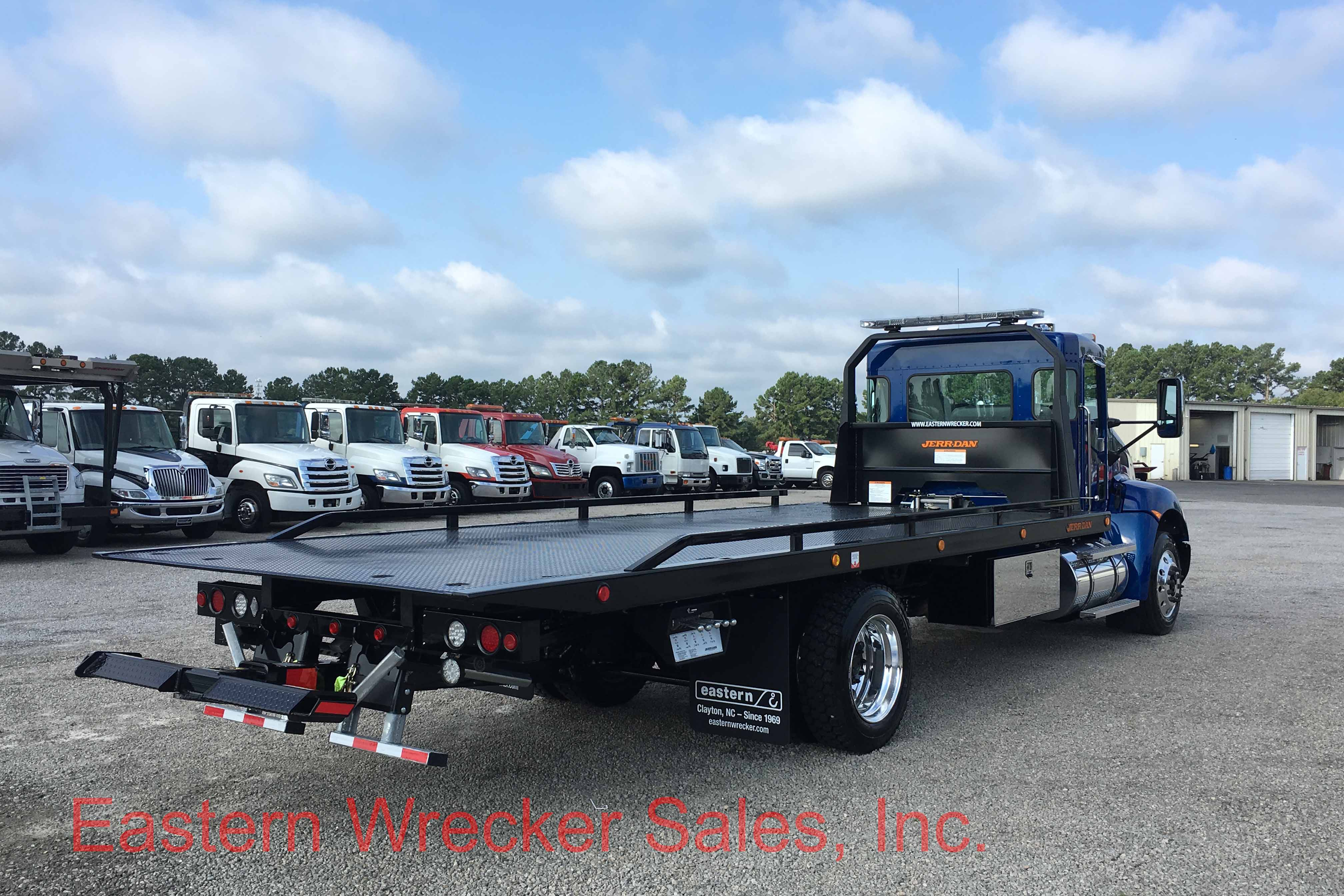 Nissan jerr dan autos post for Used tow motors for sale