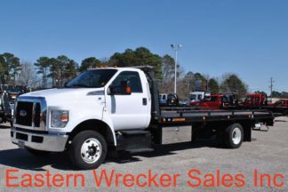 2017 Ford F650, V10 Triton, with 21' Jerr-Dan Carrier, Stock #U6686
