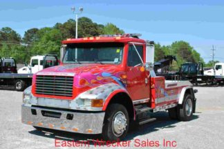 1999 International 4700, DT466 Engine, 7-spd, with Jerr-Dan 12-ton HPL60/1210D, Stock #U9013