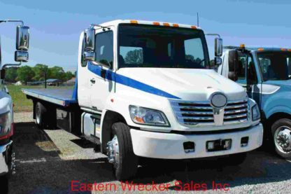 2010 Hino 258 Extended Cab, air brake, air ride, with 21ft Jerr-Dan SRR6T-WLP Steel Carrier, Stock #Z2470