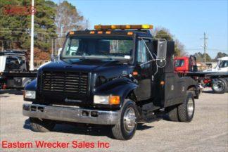 1999 International 4700, DT466E Turbodiesel, 7-spd, Vulcan 12-ton 896 Series Wrecker, Stock Number U9016