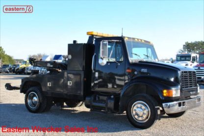 1999 International 4700, DT466E Turbodiesel, 7-spd, Vulcan 12-ton 896 Series Wrecker, Stock Number U9016