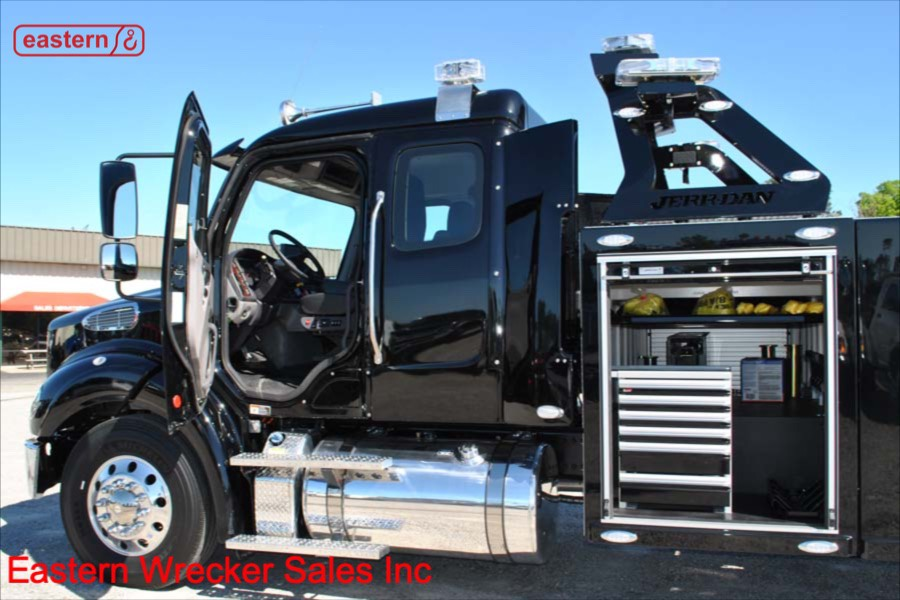 2019 Freightliner M2 with Jerr-Dan Single Axle 25-ton Integrated
