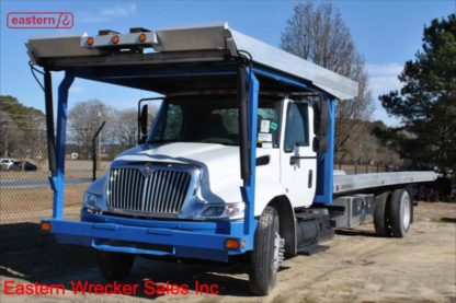 2003 International 4400 with 28ft Chevron Multicar Carrier, Stock Number Z9560